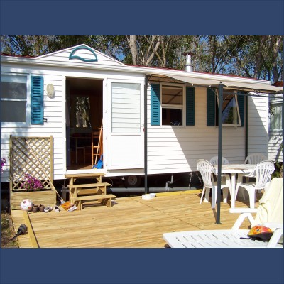 location mobil home caravane la mer agde en h rault pour 6 personnes. Black Bedroom Furniture Sets. Home Design Ideas